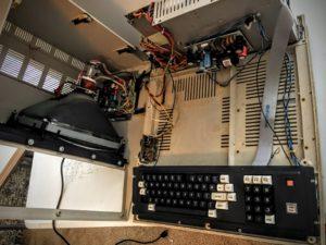 Insides of TRS-80 Model 4